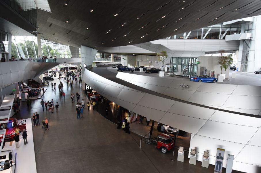 ドイツ BMW博物館の観光・見所に...