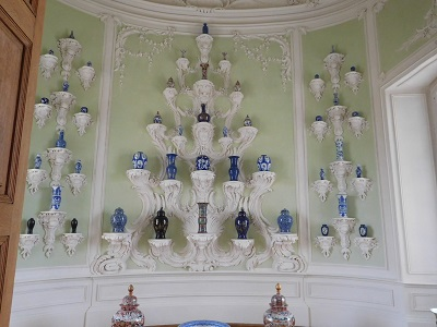 ルンダーレ宮殿を訪れる専用車ツアー リガオプショナルツアー 詳細ページ